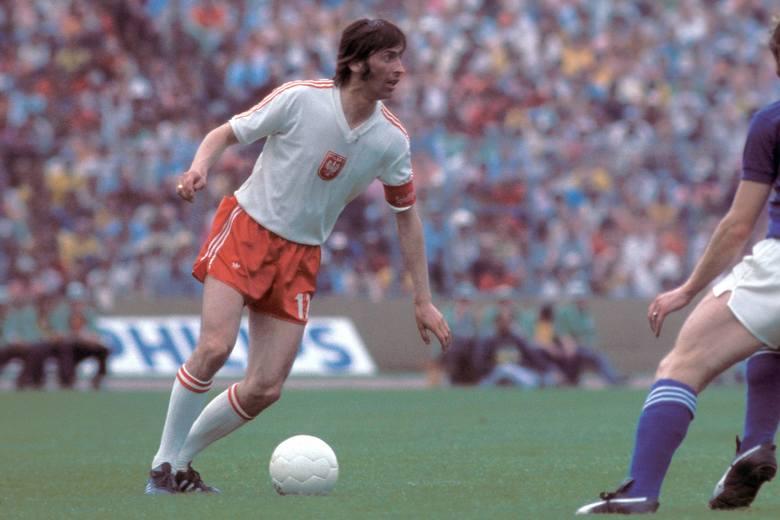 Reprezentant Polski w latach 1968–1978, kapitan drużyny narodowej w latach 1973–1978. Król strzelców Igrzysk Olimpijskich w Monachium w 1972. Zginął