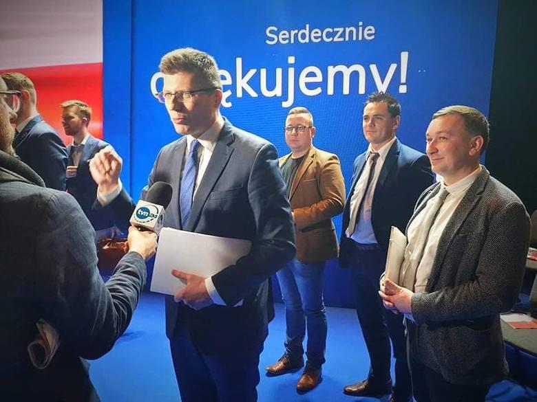 Koronawirus. Wiceminister sprawiedliwości Marcin Warchoł przekaże czterem szpitalom 200 tysięcy złotych z Funduszu Sprawiedliwości