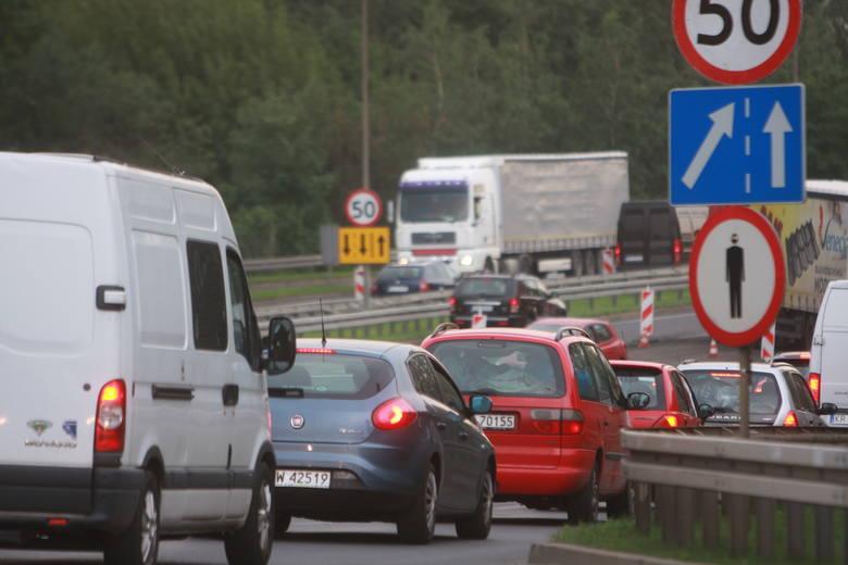 Remont DTŚ w Zabrzu i Świętochłowicach: dziury i falująca jezdnia