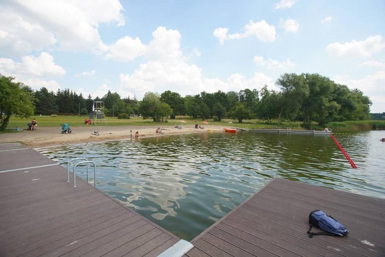 Jedno z sześciu miejskich kąpielisk - nowa Plaża Portowa w Kiekrzu, powstała w ramach Poznańskiego Budżetu Obywatelskiego, może kandydować do miana ulubionego miejsca do wypoczynku - czysta, strzeżona i z możliwością dojazdu z centrum Kiekrza.