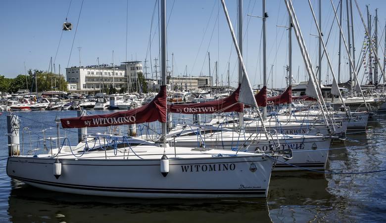 Zwłoki mężczyzny wyłowiono z mariny w Gdyni.