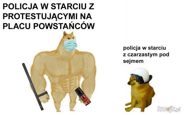 Włodzimierz Czarzasty i jego nadludzka siła. Polityk starł się z policją. MEMY 22.11.