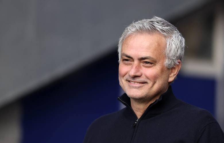 Mourinho zwolniony, ale zarobiony. Dostał już ponad 90 mln funtów odprawy!