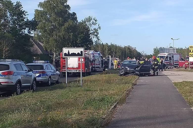 Do wypadku doszło w piątek, 6 września, na drodze w przygranicznych Zasiekach. Z pierwszych informacji wynika, że zderzyły się tam dwa samochody. Na
