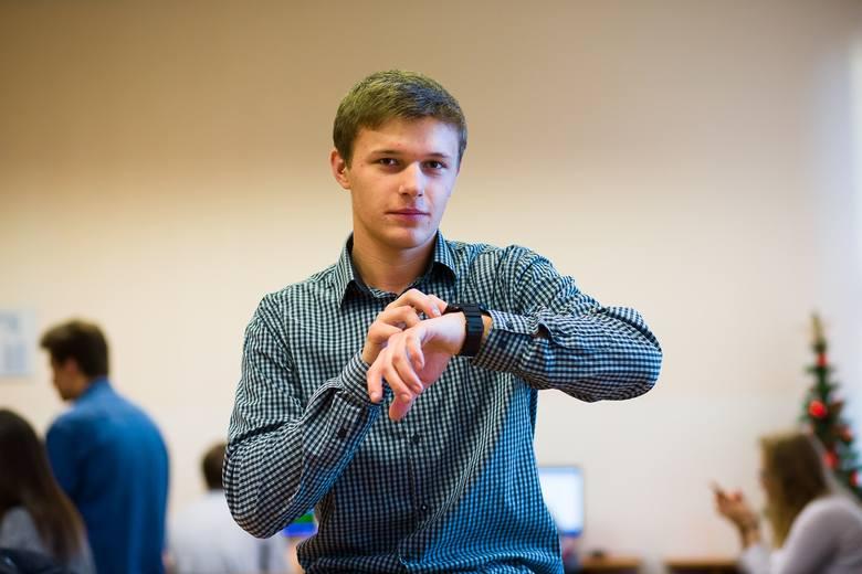 Piotr Wasilewski to młody wynalazca, który zachwyca Europę. Stworzył m.in. nWatch
