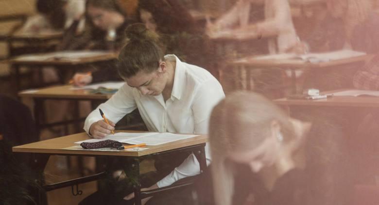 Pierwszy dzień matur 2020 w II Liceum Ogólnokształcącym w Rzeszowie.