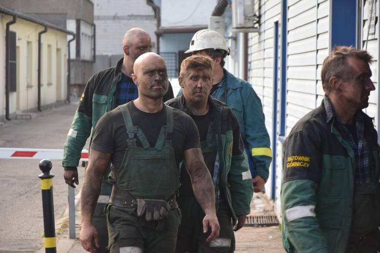 W poniedziałek, 14.5.2018, trwa dziesiąta doba akcji ratowniczej w kopalni Zofiówka w Jastrzębiu-Zdroju, gdzie po sobotnim wstrząsie  wciąż nie odnaleziono