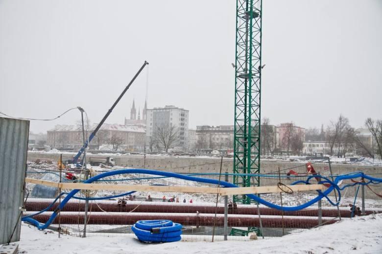Galeria Jurowiecka w budowie. Plac Inwalidów rozkopany wzdłuż i wszerz (zdjęcia)