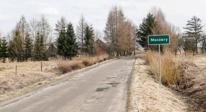 Moczary to niewielka wioska w Bieszczadach, położona niedaleko Ustrzyk Dolnych.