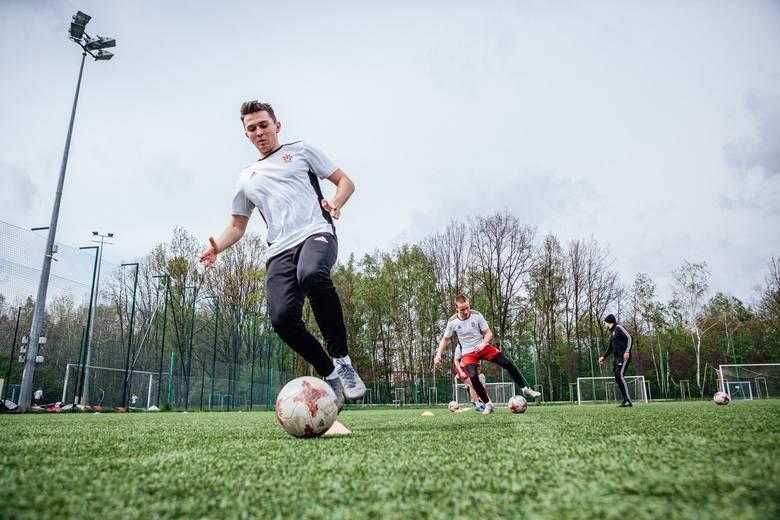 Akademia ŁKS i Marcin Gortat zapraszają do klas o profilu piłka nożna