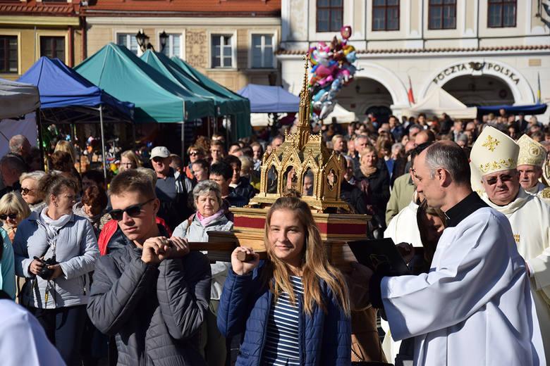 W Sandomierzu odbyły się uroczystości odpustowe ku czci błogosławionego Wincentego Kadłubka, który jest patronem miasta i diecezji sandomierskiej. Wzięli