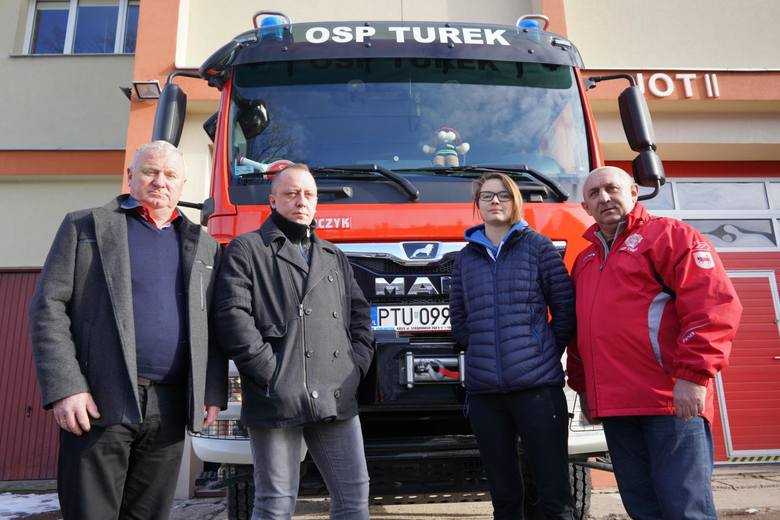 Zbigniew Rogodziński z OSP Turek, Wacław Szajrych z OSP Turkowice, Weronika Wysocka z OSP Turek i Jacek Dryjański - były policjant - wzięli udział w