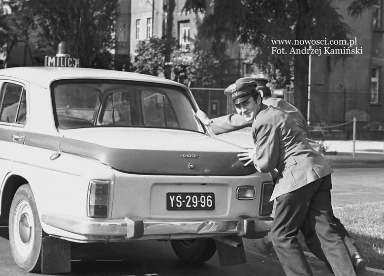 Kiedyś ludzie podchodzili do motoryzacji inaczej niż dziś. Podróż małym fiatem do Bułgarii, albo nysą na drugi koniec Polski, wielu wspomina z ogromnym