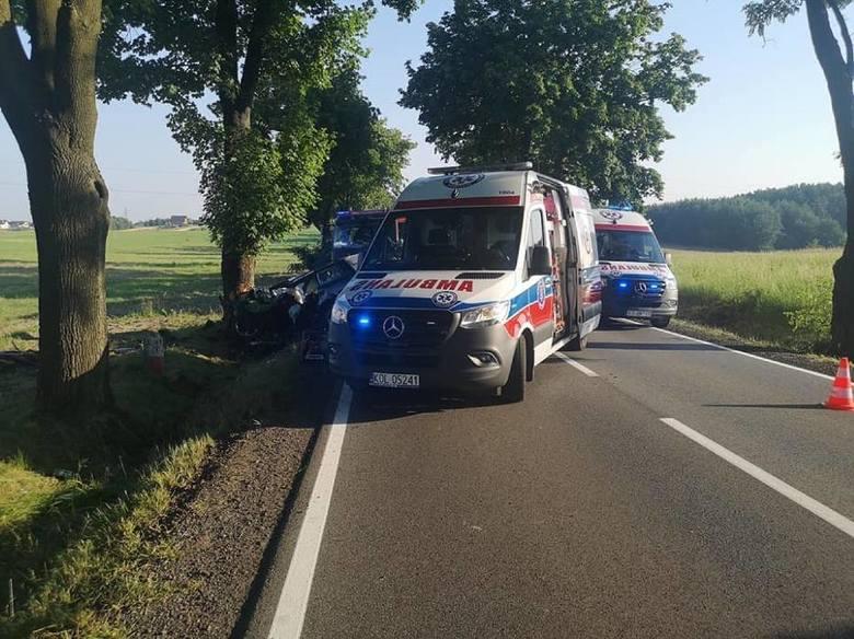 Tragiczny finał wypadku pod Olkuszem. Zmarł kierowca, pochodzący z powiatu oświęcimskiego