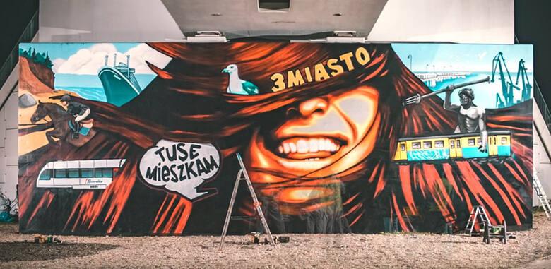 W teledysku można zobaczyć migawki z powstawania specjalnego, trójmiejskiego muralu, który znajduje się w Gdańsku przy al. Grunwaldzkiej 295