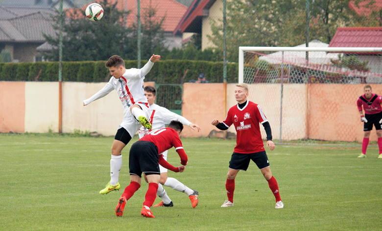 Na zakończenie 10. kolejki V ligi (grupa 1.) Wda II/Strażak Przechowo wygrała z Budowlanym KS Bydgoszcz 4:0 (2:0). I zachowała fotel lidera. Bramki strzelili