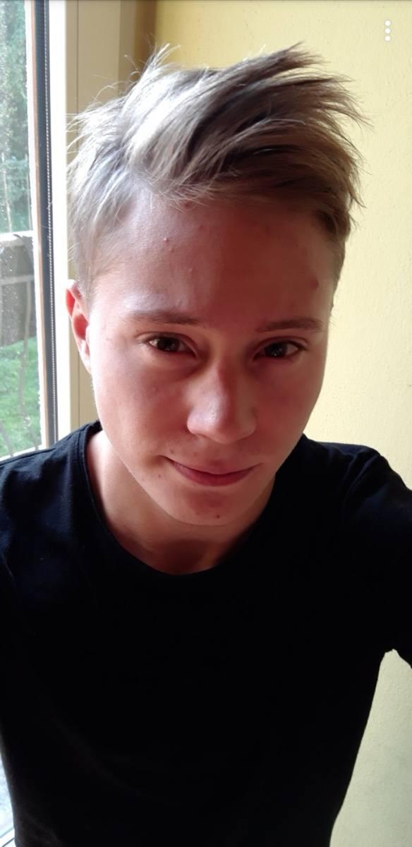 Tomasz Klich (22 lata): Język, tradycja, historia, zaangażowanie<br /> Świat coraz bardziej staje się globalną wioską, możemy swobodnie podróżować, a i różnice kulturowe zacierają się. Tworzy się na naszych oczach globalne społeczeństwo. Jakie postawy, w tak trudnych dla patriotyzmu czasach,...