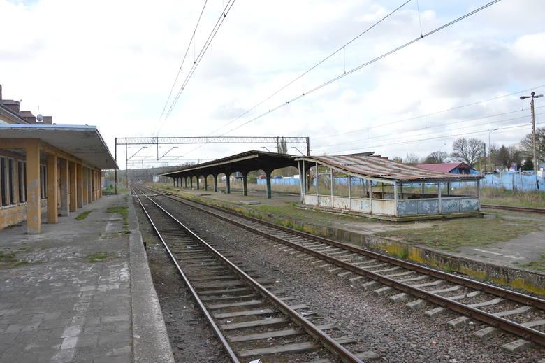 W Policach mają działać trzy przystanki w ramach SKM: nad ul. Piłsudskiego, dawny dworzec (na zdjęciu) i przy ul. Kuźnickiej