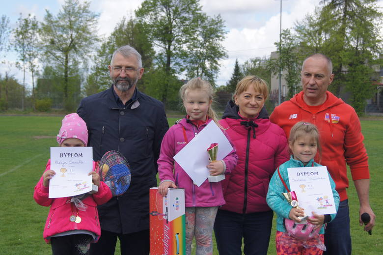 Uczestnicy otrzymali medale i upominki związane z rocznicą uchwalenia Konstytucji 3 Maja, w tym polskie flagi, a zwycięzcy otrzymali także nagrody, puchary