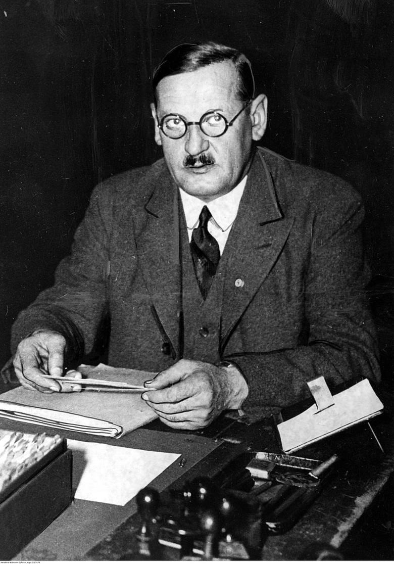 Anton Drexler - współzałożyciel DAP, to on wprowadził Hitlera do tej partii.