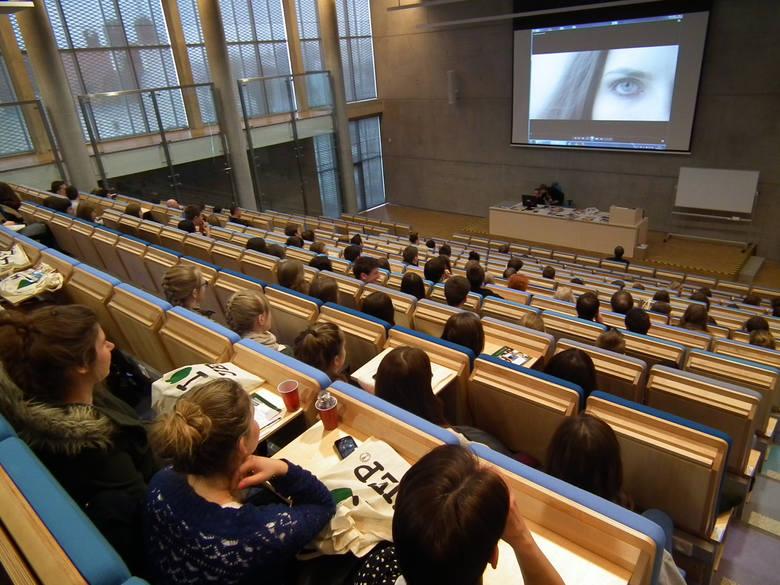 Uniwersytet Ekonomiczny zamknął kierunek z powodu braku profesorów