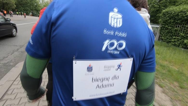 29. Bieg Konstytucji 3 Maja. Tysiące biegaczy wsparły małego Adama [ZDJĘCIA] [WIDEO]