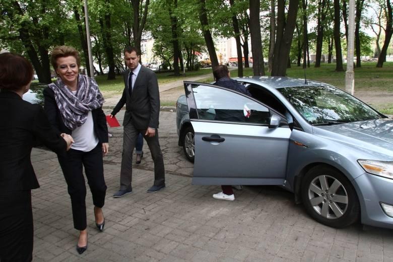 Auta którymi jeździli prezydenci Łodzi: Tadeusz Matusiak, Jerzy Kropiwnicki i Hanna Zdanowska trafią na sprzedaż. Urząd Miasta Łodzi chce pozbyć się