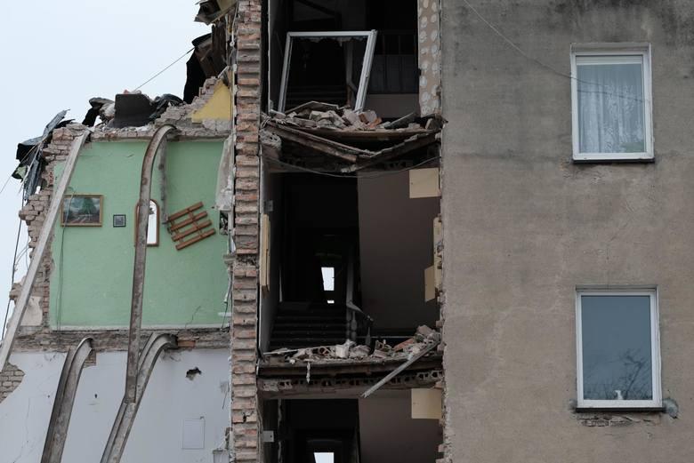 Mord i wybuch na Dębcu: Rok po tragedii nadal nie wiadomo czy podejrzany Tomasz J. stanie przed sądem