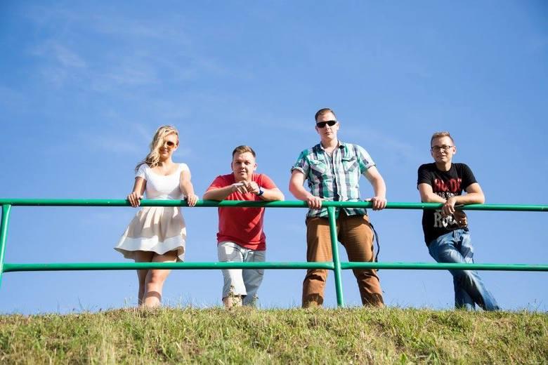 Zespół Aperitif kręcił teledysk do nowej piosenki w Byczynie.