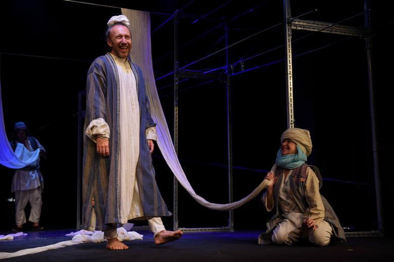 W zaułkach starego Bagdadu. Udana premiera w Teatrze Miniatura