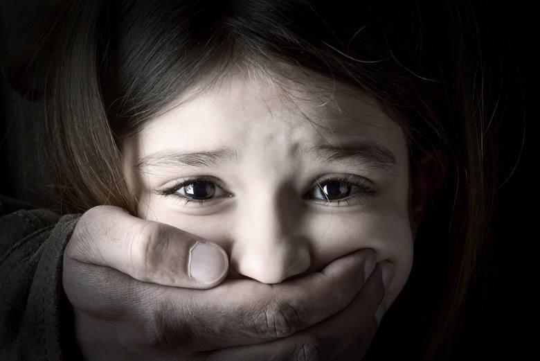 Rejestr przestępców seksualnych w województwie kujawsko-pomorskim. Przedstawiamy listę 51 najgroźniejszych przestępców, którzy skrzywdzili osoby poniżej