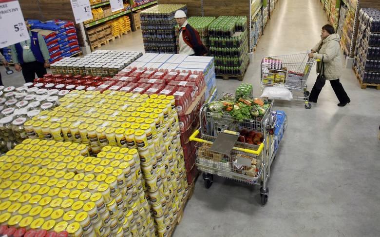 Niesprzedane jedzenie także przez pewien czas po upływie terminu ważności będzie trafiało do potrzebujących, a nie na śmietnik