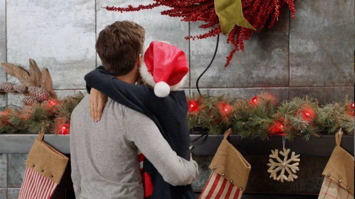 Filmy romantyczne o świętach? Na pewno jest sporo lepszych sposobów na stworzenie świątecznego klimatu przed nadchodzącymi świętami Bożego Narodzenia,