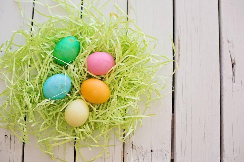 Życzenia wielkanocne 2018. [WIERSZYKI, SMS, ŚMIESZNE, KRÓTKIE, RODZINNE]. Zobacz najlepsze życzenia na Wielkanoc!Aby był to czas uroczy,życzymy miłej
