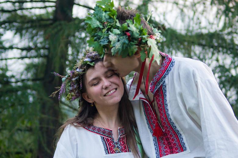 Swaćba, czyli tak wygląda słowiańskie wesele młodych chorzowian [ZOBACZ I POSŁUCHAJ]