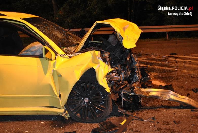 Wypadek w Jastrzębiu-Zdroju: 18-latka walczy o życie