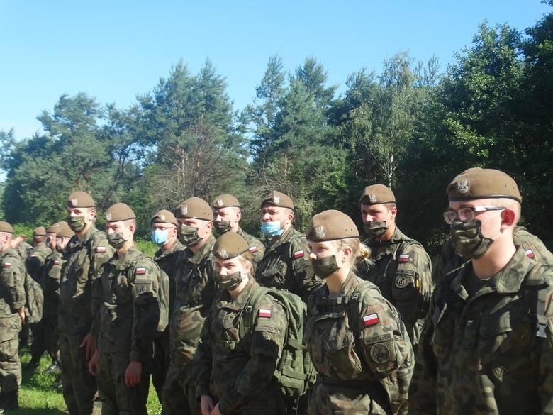 Wspólne ćwiczenia strażaków z Odrzywołu i żołnierzy Wojsk Obrony Terytorialnej