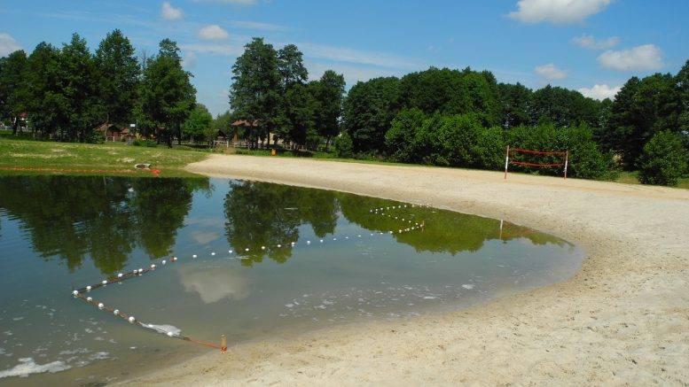 10.Wyspa SzczercowskaSzczercówW Szczercowie na tzw. Wyspie Szczercowskiej będzie można się kąpać od 22 czerwca. Chętni z kąpieli będą mogli skorzystać