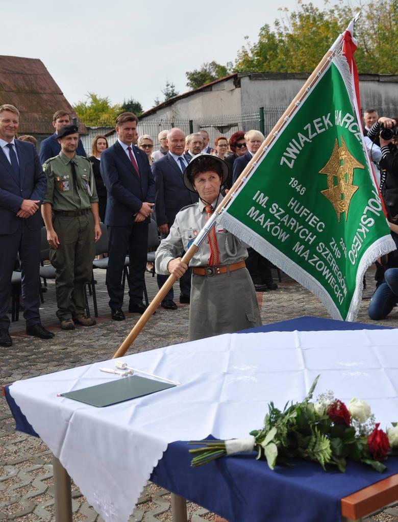 Hufiec ZHP z Makowa już oficjalnie nosi imię Szarych Szeregów [ZDJĘCIA]