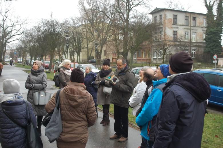 We wczorajszą sobotę Muzeum im. Jana Kasprowicza w Inowrocławiu zaprosiło mieszkańców i gości miasta na kolejny spacer w przeszłość. Tym razem przewodnikiem