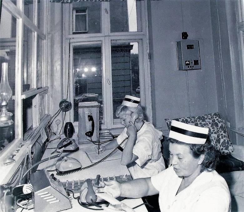 Wrzesień 1972 r. w dyspozytorni pogotowia ratunkowego przy al. Wojska Polskiego