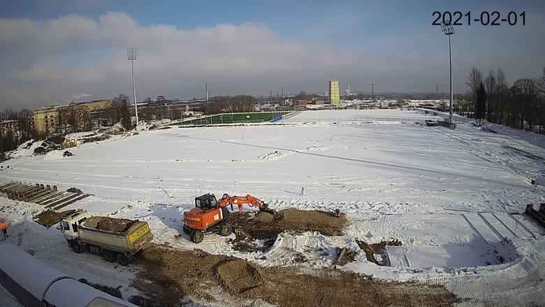 Zima utrudnia prace na Limanowskiego