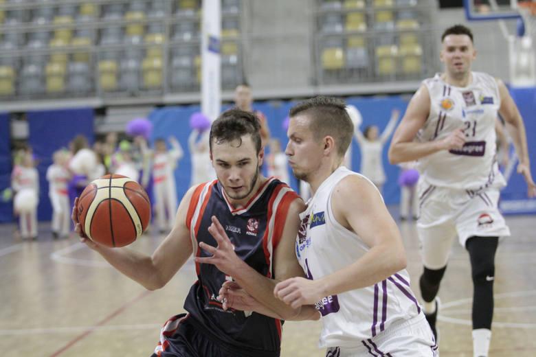 Po piłkarzach ręcznych, siatkarzach i koszykarzach jako jedna z ostatnich swój sezon zaczęła ekipa koszykarek z Brzegu.