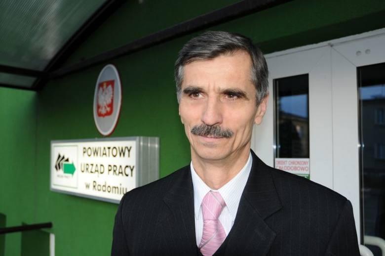 Józefa Bakuła, dyrektor Powiatowego Urzędu Pracy w Radomiu wydał specjalne oświadczenie, w którym odniósł się do zarzutów formułowanych przez Waldemara