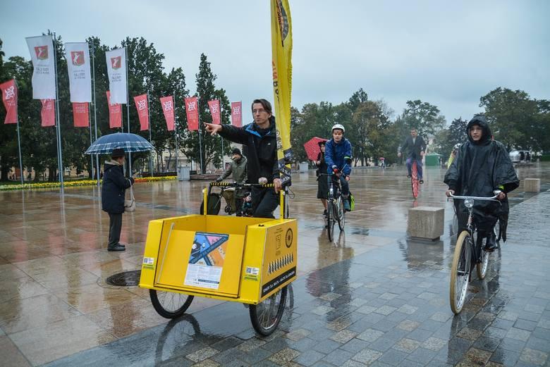 Rowerzyści mogą wrócić na odnowiony plac Litewski