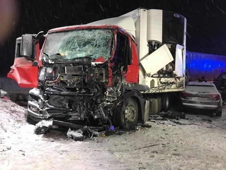 W niedzielę po godzinie 17.00 doszło do wypadku drogowego na DK nr 8 w pobliżu miejscowości Domuraty.