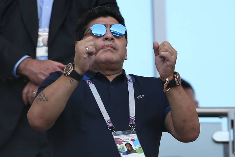 Dwa lata temu Maradona zasłabł podczas meczu Argentyny na mundialu.