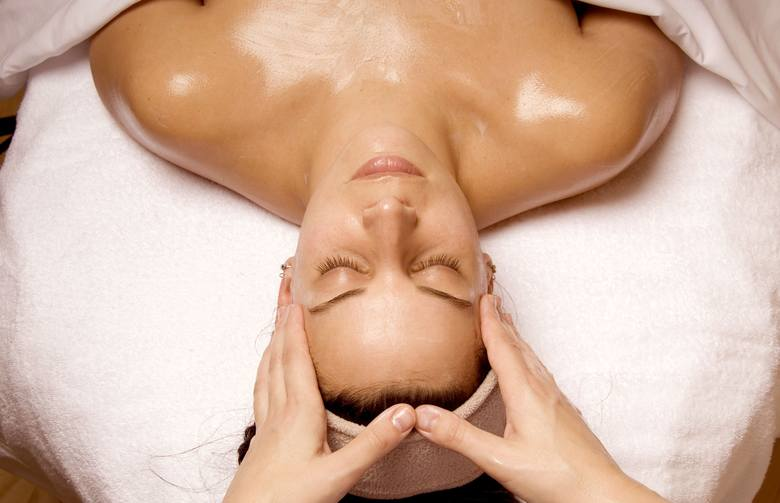 Wellness to skuteczne antidotum na dzisiejszy stresujący, zabiegany tryb życia. Działania ukierunkowane na zwiększenie dobrostanu ciała i ducha pomagają