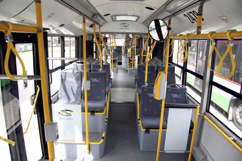 Nowoczesne autobusy stoją w zajezdni przy Grygowej. Czytelniczka pyta, czy są wadliwe
