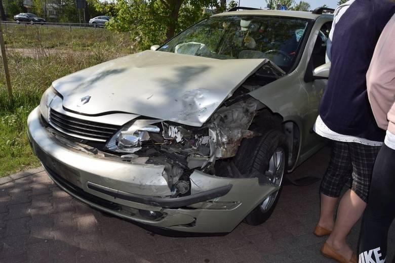 Trzy samochody zderzyły się na ulicy Narutowicza w Szczecinku. Nad morze krajową drogą nr 11 jadą tysiące samochodów.Początek długiego majowego weekendu